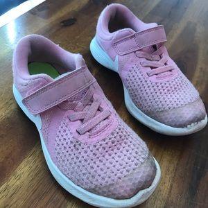 Toddler Girls Nike Tennis Shoes